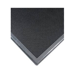 Sanitizing Footbath Heavy-Duty Multi-Guard No. 220 Matting Width: 2-2/3' Length: 3-1/4' Type: Scraper Thickness: 1/2""
